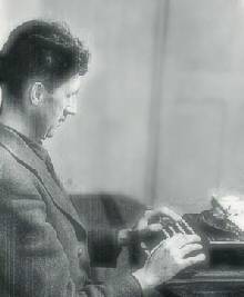 Image of George Orwell writing